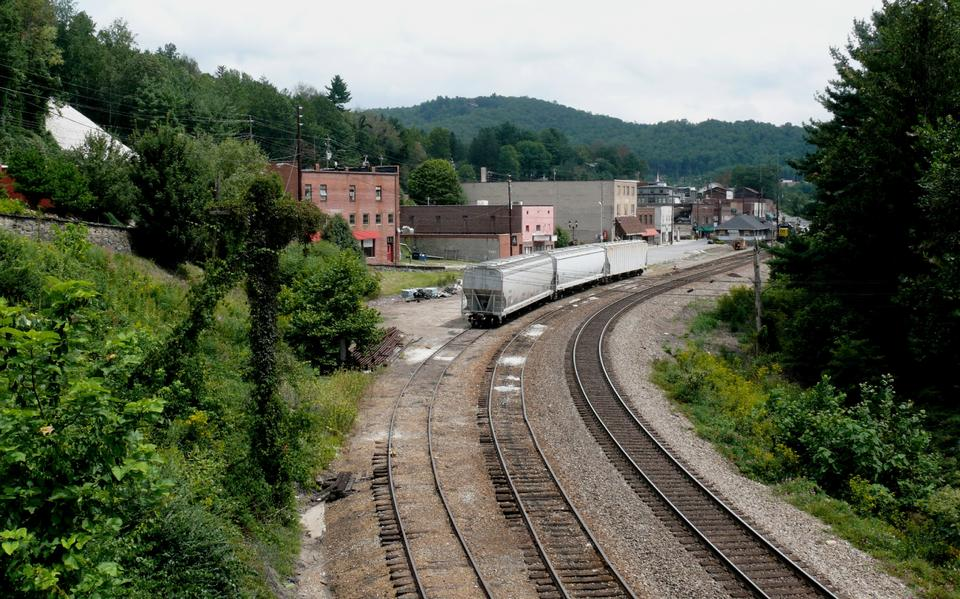 Railroad tracks and train station in Spruce Pine