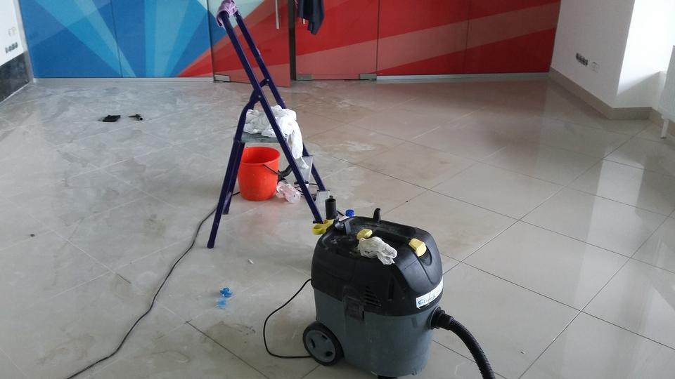 Free download high resolution image - free image free photo free stock image public domain picture  cleaning of floor