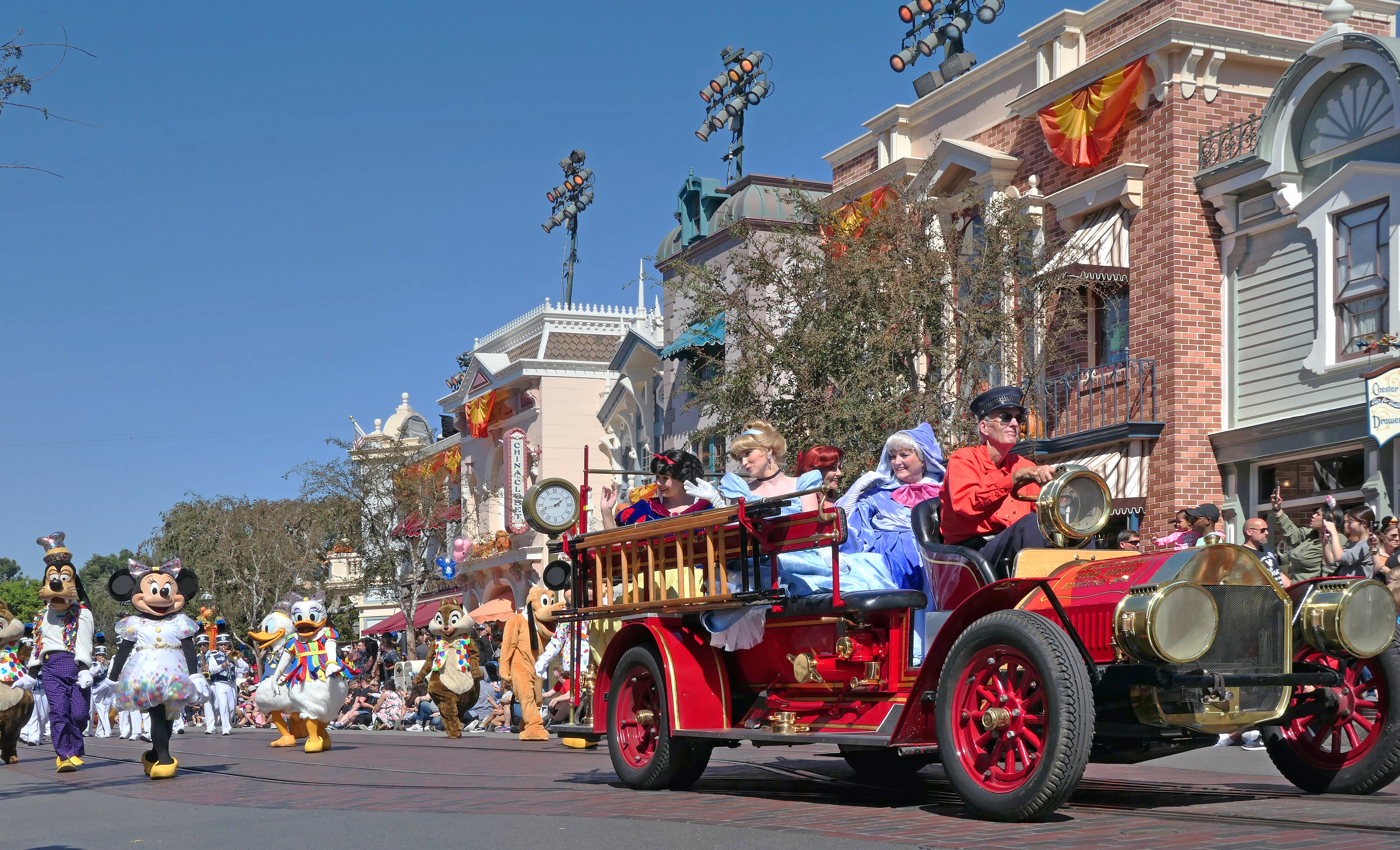 Free download high resolution image - free image free photo free stock image public domain picture -The Disney Parade